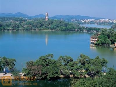 杭州风景如画,封建统治者很乐意陶醉在湖光山色之中